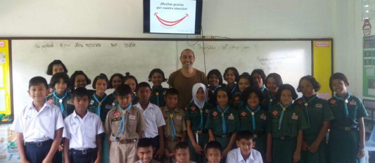 Una visita escolar en Tailandia